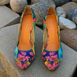 Nine West neon floral print heels acqua
